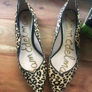 Sam Edelman Riza Leopard Flats Size 7